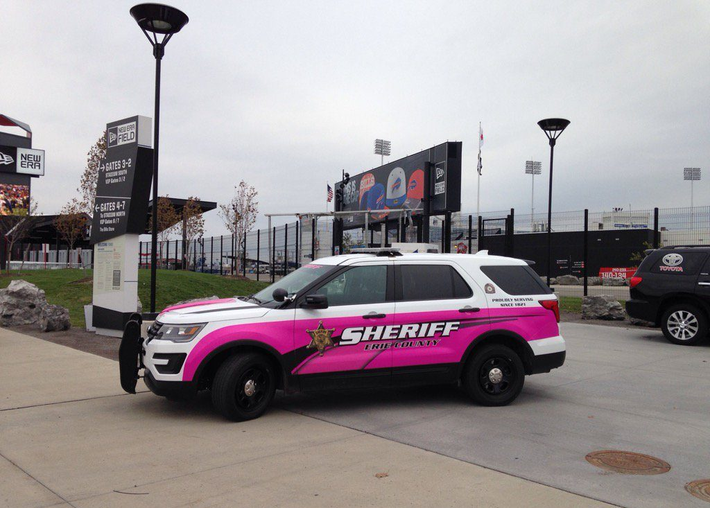 erie-breast-cancer-car